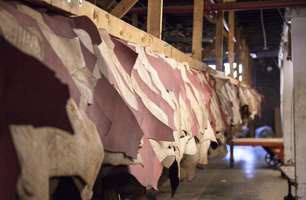 Da bò là gì và nó khác với các loại da khác như thế nào?